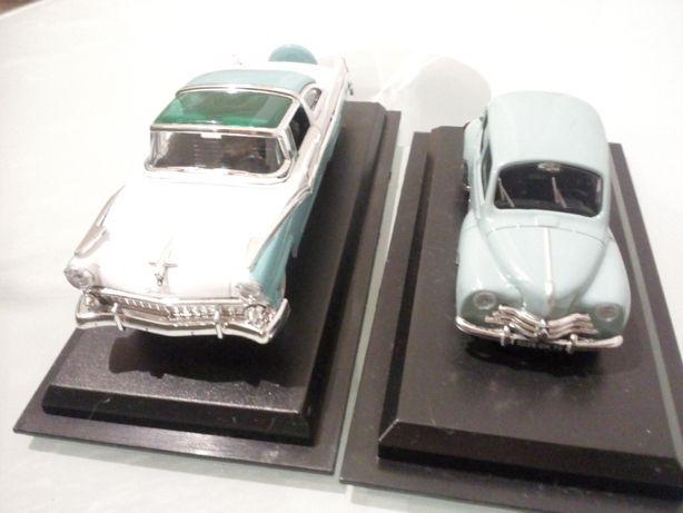 AmerCom 1:43 Ford Crown Victoria 1955, Renault 4CV 1947.