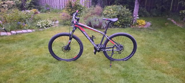 rower KROSS LEVEL 2,0  MTB  -2021 RAMA S KOŁA 27.5 JAK NOWY