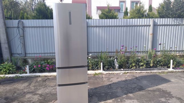 холодильник нержавійка 2 метри стильний дизайн