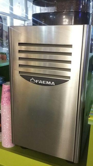 Кофемашина Faema X1 Granditalia
