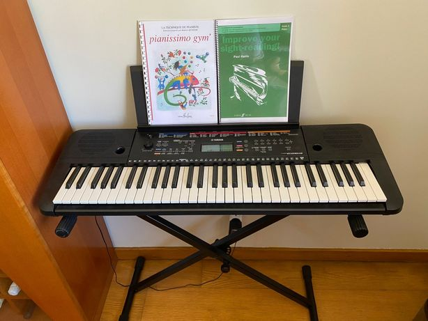 Piano yamaha PSR E263