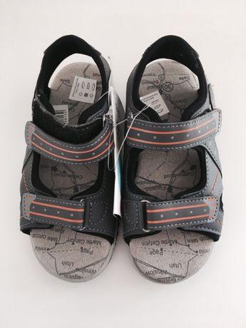 Nowe sandały 30