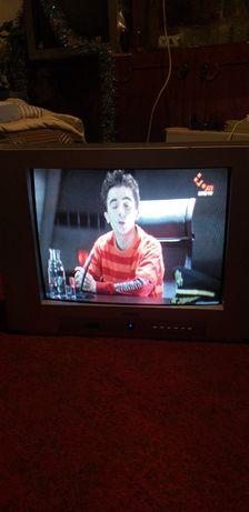 Продам телевизоры 200