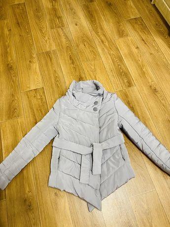 Куртка зимняя или холодная осень