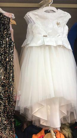Нарядное свадебное платье для подружки невесты , для девочки 128 см.