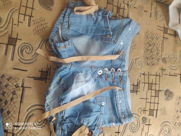 Продам джинсові шорти