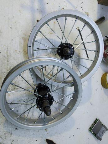 """Roda 12"""" sem pneu novos."""