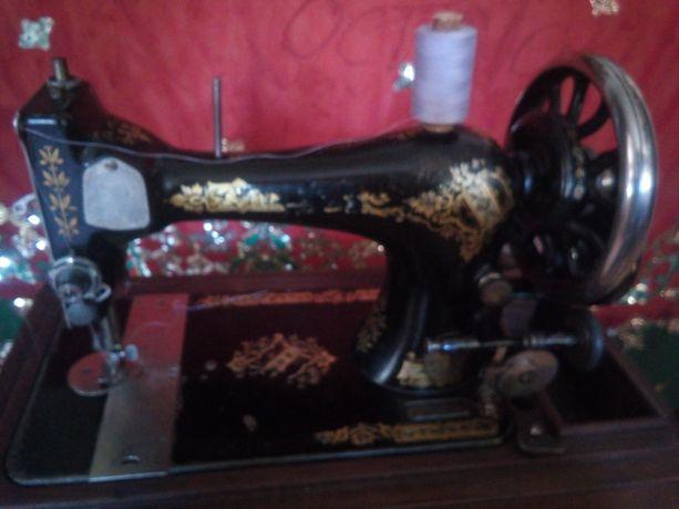 Швейная машина Зингер (антиквар)