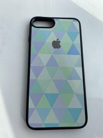 Чехол на iPhone 8+