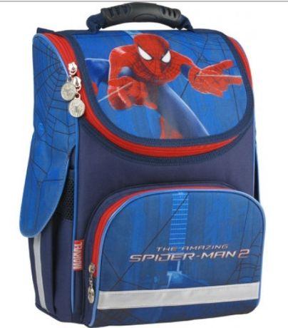 Продам шкільний рюкзак КITE+пинал. Купувала за 1000