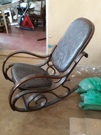 Fotel bujany RETRO