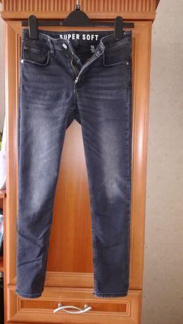 Spodnie chłopięce 152 cm