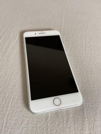 iPhone 8 Plus Branco de 64gb + 6 capas