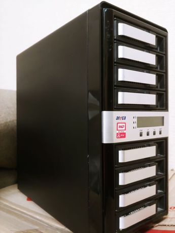 Сервер. Thunderbolt 2 NAS RAID Storage 8-Bay