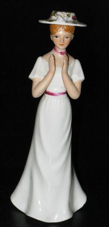 Figurka porcelanowa / Figurka z porcelany / Dama