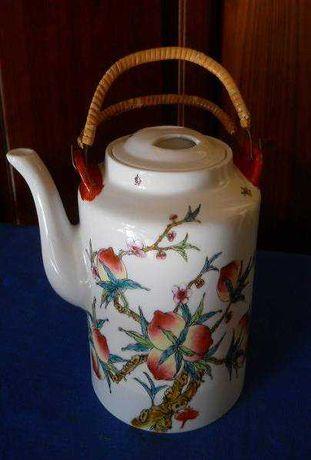 Большой заварочный чайник старинный Китай