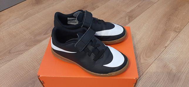 Adidas firmy Nike, rozmiar 33.5 NOWE