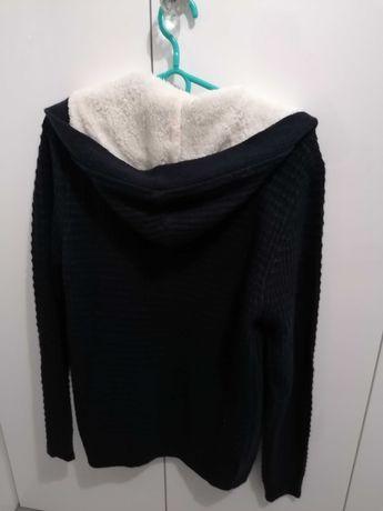 Nowy sweterek ciepły