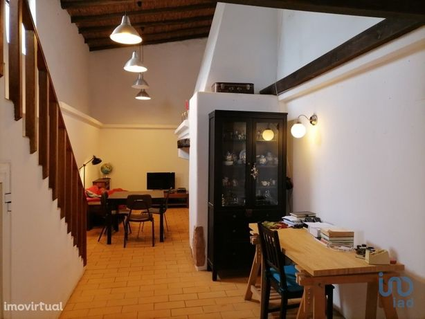 Moradia - 110 m² - T1