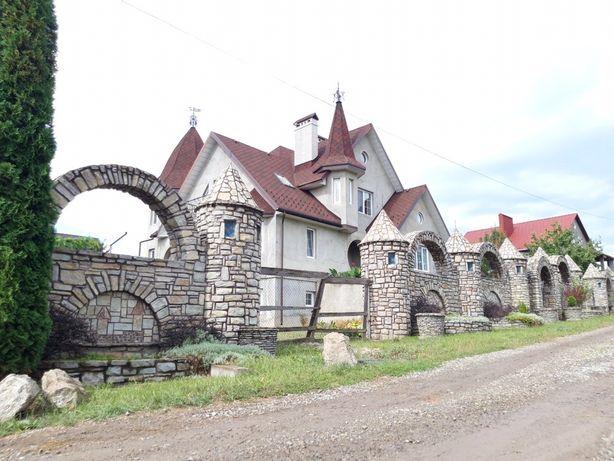 Продам розкішний будинок Жовтневе