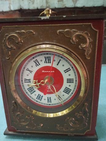 Продам настольные часы