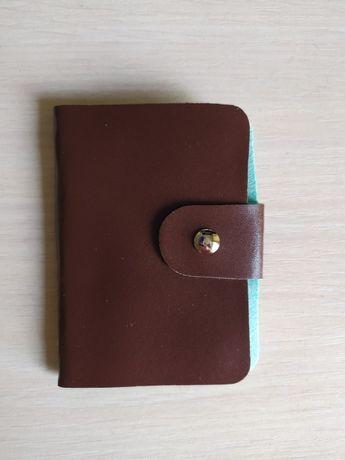 Коричневая визитница кошелек кредитница картхолдер на 24 карточки