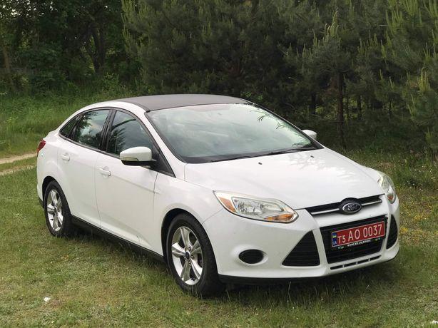 Продається  FORD FOCUS білого кольору комплектація SE 2014