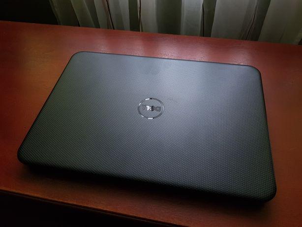 Laptop Dell P28F
