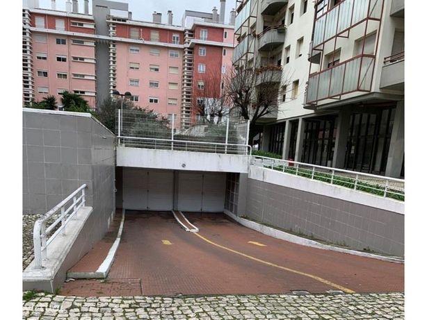 Parqueamento em Telheiras