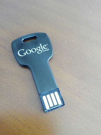 Pen USB 3GB Google (tipo chave)