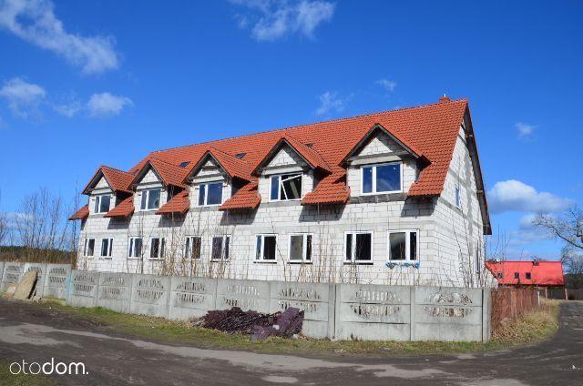 Budynki szeregowe , działka 5000m2-uzbrojona