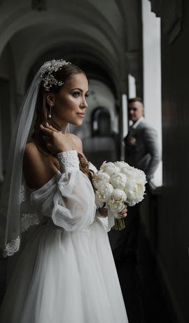 Сногсшибательное свадебное платье!