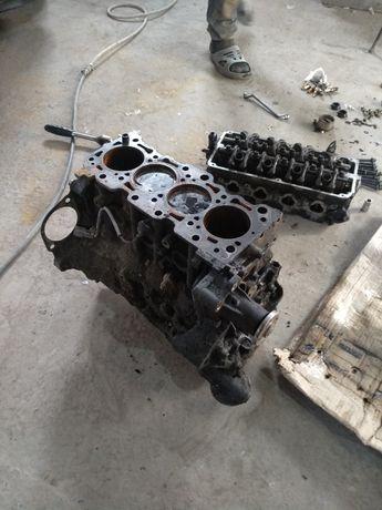 Блок двигателя лансер 9 1.6