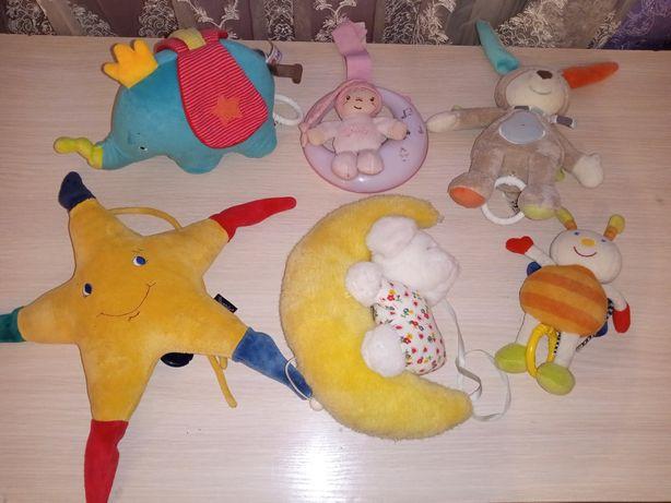 Музичні Іграшки на ліжижко чи в коляску