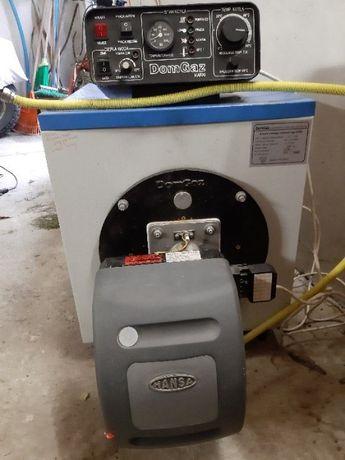 Piec, kocioł stalowy DOMGAZ 21KW na olej opałowy i na gaz- 2 palniki