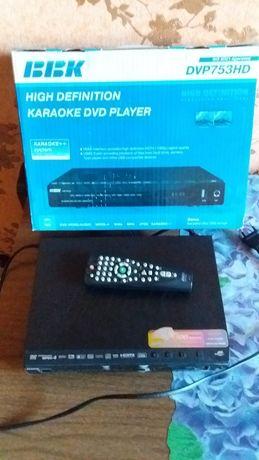 DVD плеер ВВК dv753hd  б/у