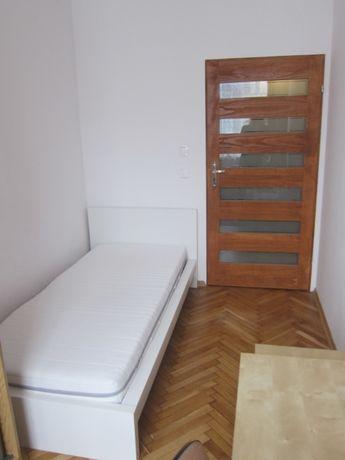 10m2 Single room (Jednoosobowy pokój ) 5 mins from Rynek