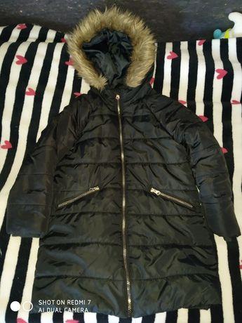Sprzedam dziewczęcą kurtkę zimową