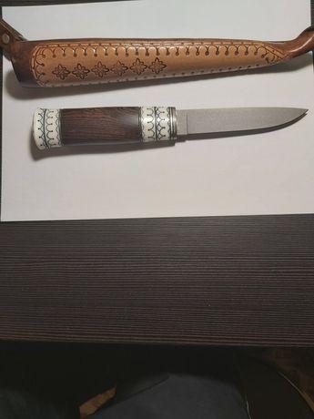 Продам нож Саам ручной работы. Новый.