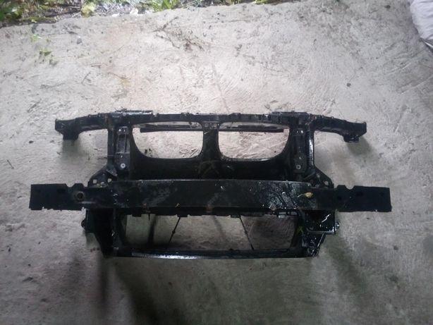 Części BMW 1 e87 black sapphire met. Wzmocnienie przod razem z belka.