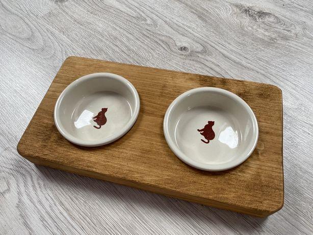Drewniany stojak bufet na miski dla kota ceramiczne miseczki