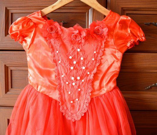 Zestaw sukienka i peleryna czerwona dziewczęca