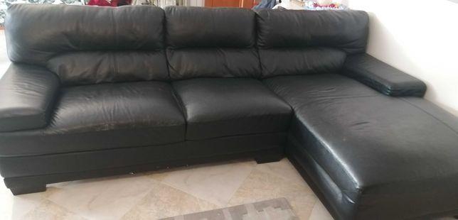 Sofá chaise longue em pele