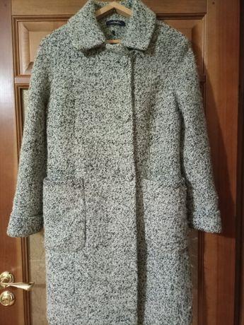 Жіноче пальто ))
