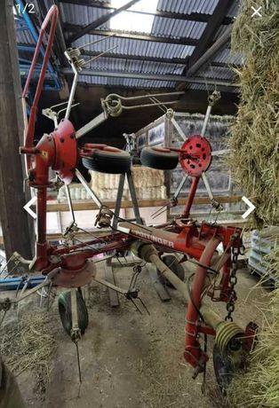 Przetrząsarka do siana Pottinger, hydraulicznie składana