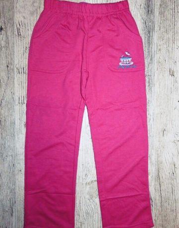 Спортивные штаны для девочки, Венгрия, длина 61 см.