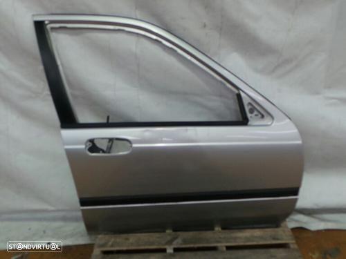 Porta Frente Direita Honda Civic Vi Fastback (Ma, Mb)