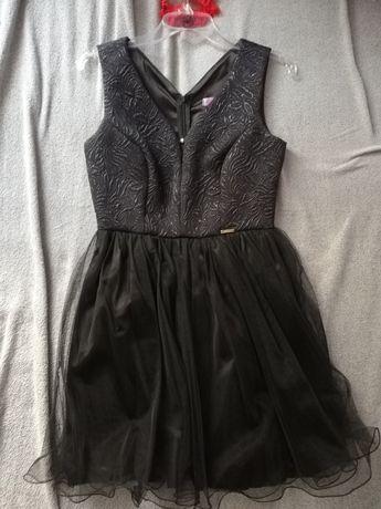 Sprzedam czarną sukienkę. Studniówka, wesele, bal.