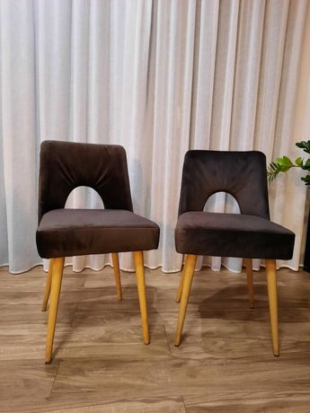 Krzesła muszelka PRL 2 szt. po renowacji typ 1020 proj. Leśniewski