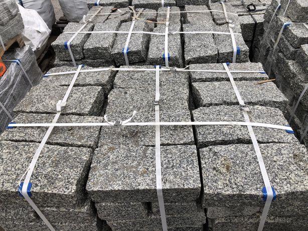 Palisada granitowa szara surowo łupana 10x20x40 obrzeża krawężnik